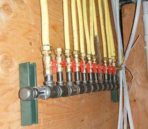 Yellow CSST gas manifold & CSST Gas Pipe Bonding - Lancaster WIN Home Inspection Elizabethtown