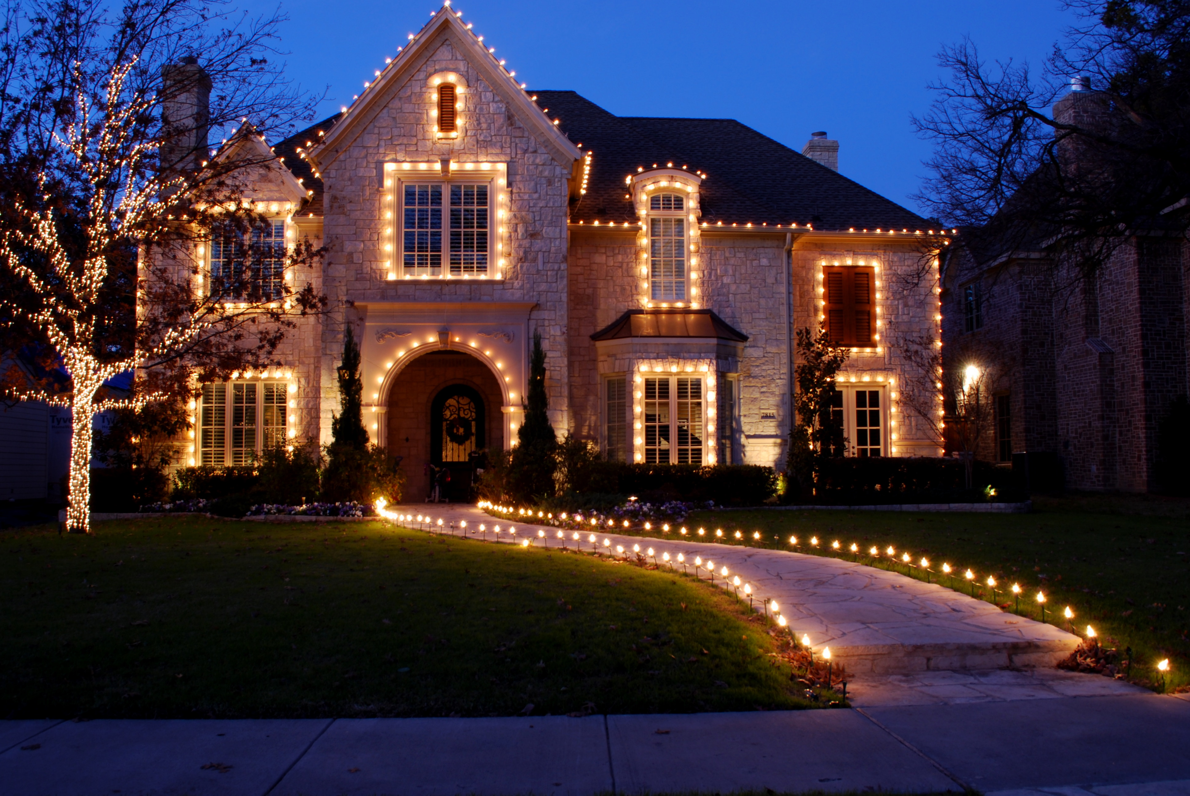 Christmas Lighting Safety Tips & Christmas Lighting Safety Tips - Lancaster WIN Home Inspection ...